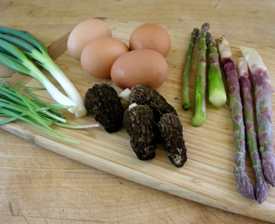leslie-land-black-morels-asparagus-and-eggs
