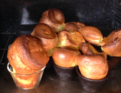 popovers baked in preheated pans